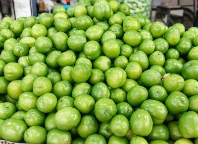 آلوچه ( گوجه سبز)